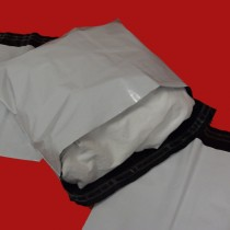400mm x 320mm White Mailing Bags 70mu