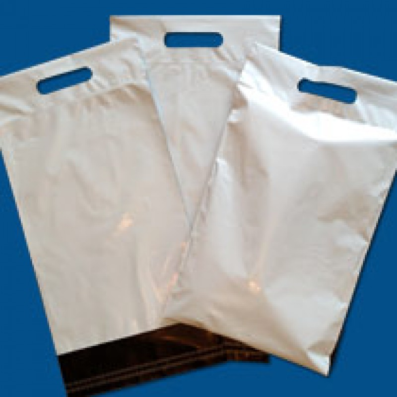 White Mailing Bags with a Carry Handle 250mm x 350mm