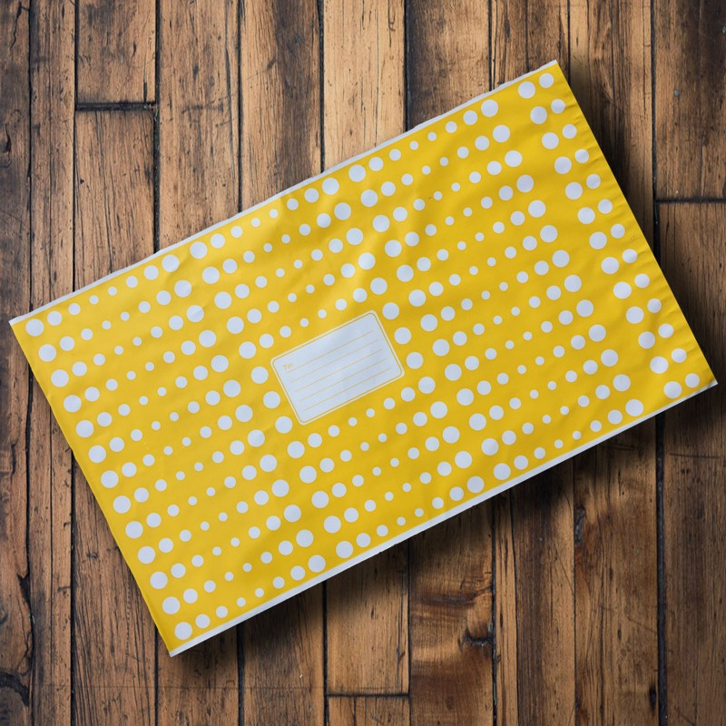 250mm x 350mm - Yellow with White Polka Dots